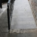 barriers_free_entrance_through_ramp